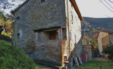 Farmhouses and farmsteads - JKM-907