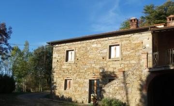 Farmhouses and farmsteads - JKM-964